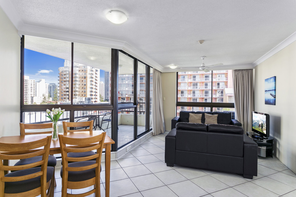Cheap 3 Bedroom Apartments Surfers Paradise 28 Images Mantra Towers Of Chevron Updated 2018